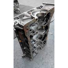 Блок циліндрів підлозі піддон G9U 2.5 DCI