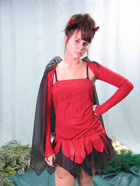 Взрослый карнавальный костюм - чертовка