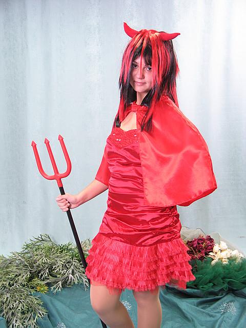 Взрослый карнавальный костюм - дьяволица