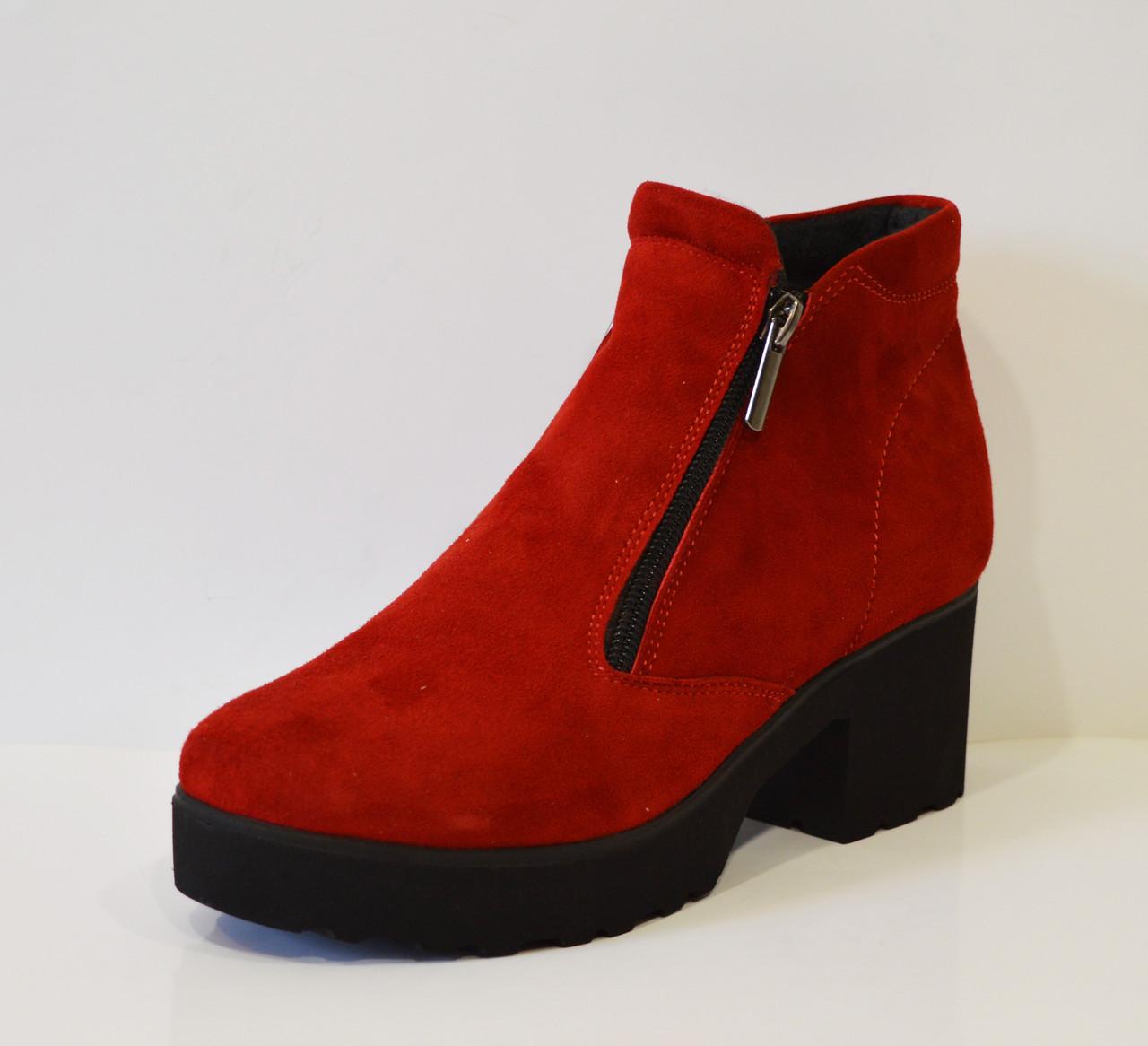 Красные женские ботинки Selesta 4811