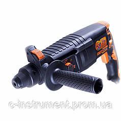 Перфоратор электрический Дніпро-М ПЕ-2698П