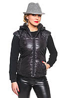 Жилетка черная стеганная с съемным капюшоном Сандра 42-54 размеры