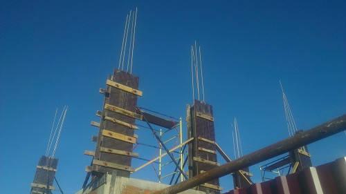 Украинские строители успешно применяют стеклопластиковую арматуру при строительстве объектов торговли.