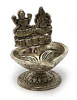 "Аромакурительница металл ""Ганеш и Лакшми"" (8,5х7,5х7 см) (Непал)"