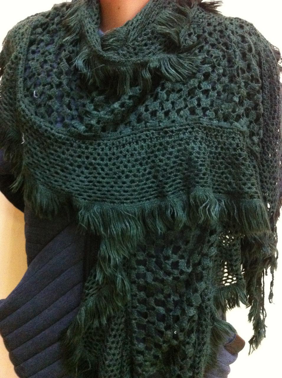 Стильний ажурний шарф мереживний в'язки колір зелений
