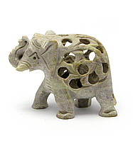 Слон резной каменный (7,5х8,5х4 см)