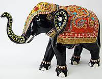 Слон цветной