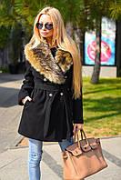 Женское короткое кашемировое зимнее пальто с искусственным меховым воротником
