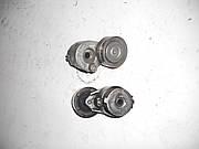Натяжной механизм ремня генератора 1,9 на Renault Trafic, Opel Vivaro, Nissan Primastar