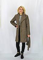 Красивое пальто с отложным воротником