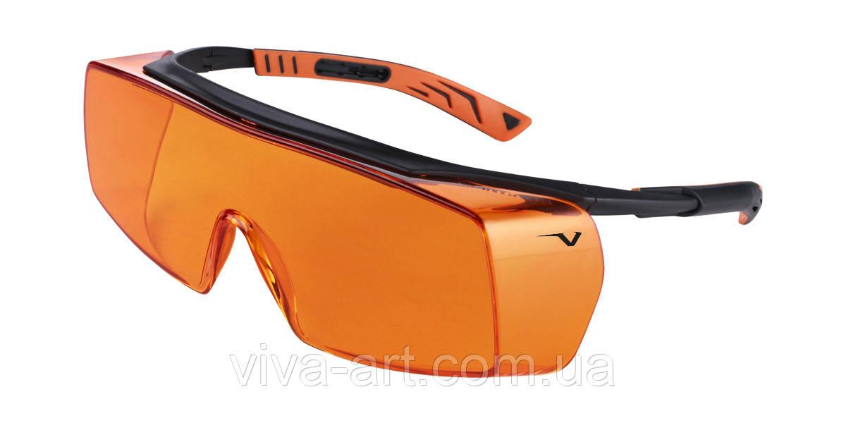 Окуляри захисні 5x7 від випромінюв. фотополім.ламп, регул. дужок, носіння з оптич. окулярами, Univet (Італія)