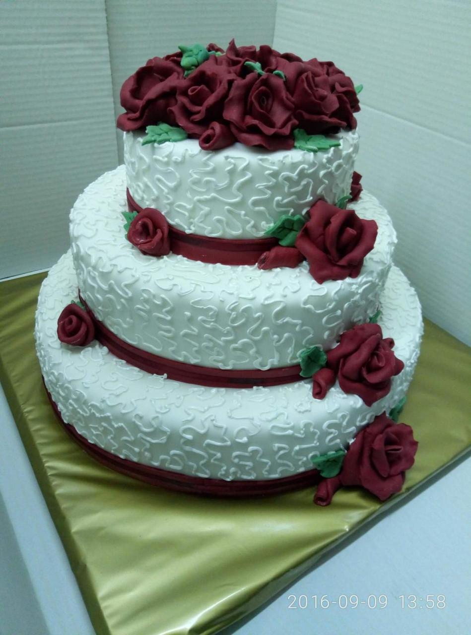 Свадебный торт  на заказ в Днепропетровске
