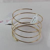 Стильный женский широкий браслет на передплечье золотистого цвета