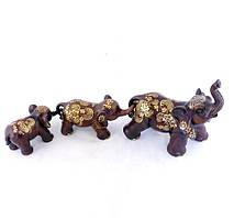 Роскошный набор из 3—х слонов коричневого цвета из полистоуна.
