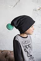 Модные шапочки на детей и взрослых. Глубокая осень. Черные с мятным помпоном., фото 1