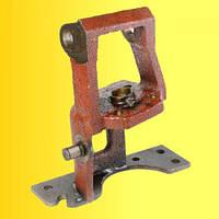 Кронштейн 85-3401120 рулевой колонки МТЗ-82 для крепления насоса-дозатора