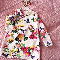 Яркое повседневное платье туника на девочку прямого кроя с цветочным принтом