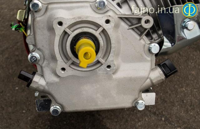 Двигатель бензиновый 5,5 л.с. Победит ПБД-168 вал