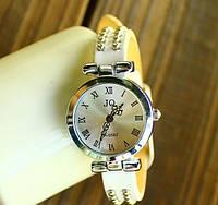 Винтажные наручные часы. Женские кварцевые
