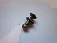 Винт кобурной 6 х 10 мм антик