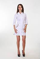 Белый халат медицинский со вставками Барберри