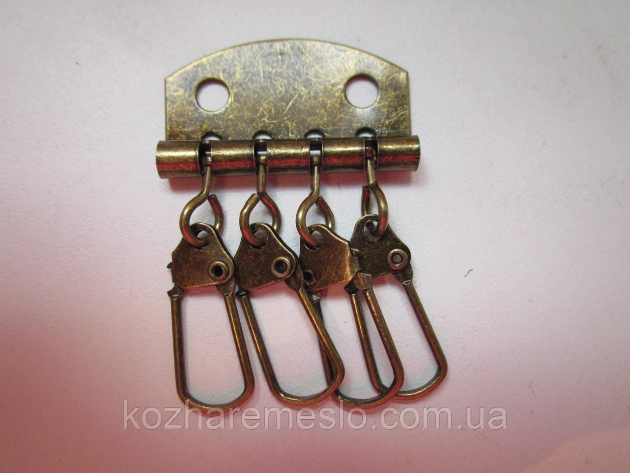 Ключница 4 карабина антик