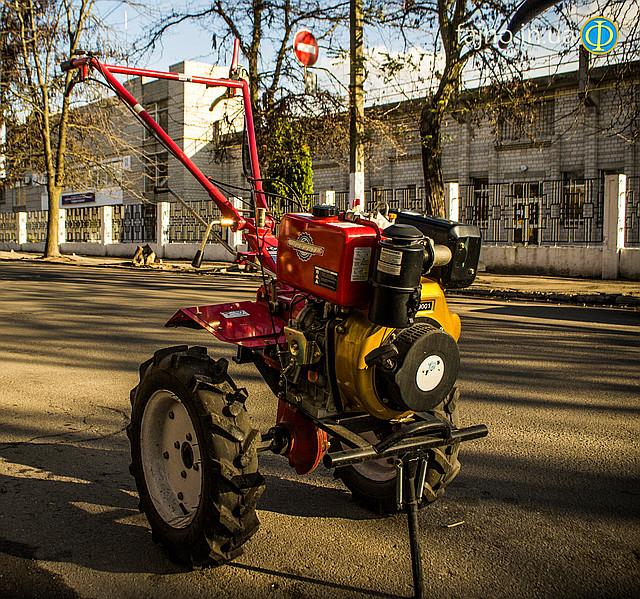 Мотоблок дизельный Победит 2012Д