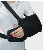 Шина для руки с отведением 1, 2 размер черны цвет Алком 3028 Бандаж шина для руки з відведенням