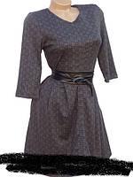 Красивое женское платье приталенного покроя.  р .44-46