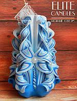 Резная свеча голубая, 14 см высотой, ручной работы на подарок, сувенир