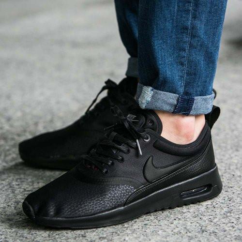 f02ccc42019b Кроссовки женские Nike