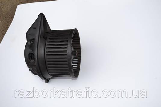 Вентилятор печки на Renault Trafic, Opel Vivaro, Nissan Primastar