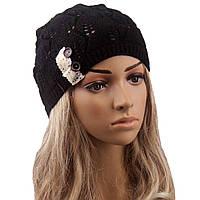 Стильная шапка черная вязанная