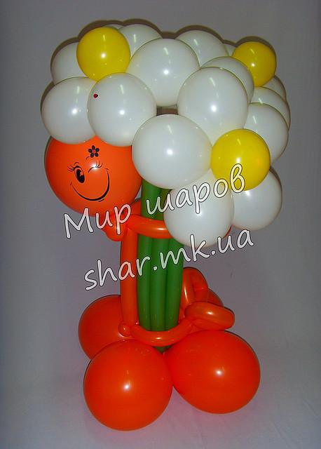 Букет белых ромашек из воздушных шаров