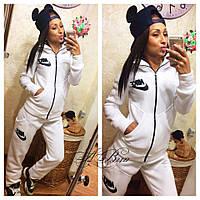 Женский спортивный костюм Nike ткань трехнитка на байке цвет белый