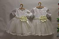 Восхитительное праздничное платье на девочку с бантом верх платья атлас гипюр