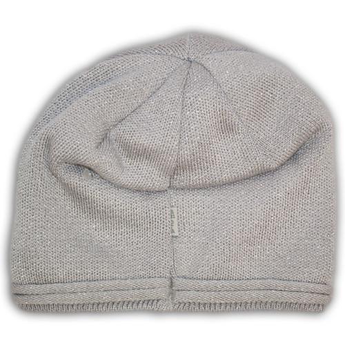 Вязанная шапка с защипом