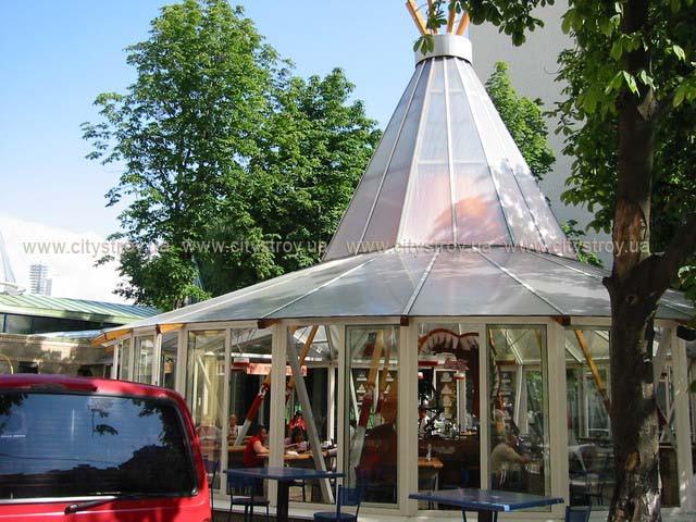 ПМП «Интергейтс» - летняя площадка кафе, сотовый поликарбонат Полигаль.