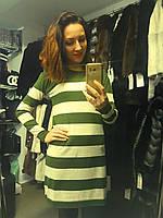 Свитер женский длинный в темно-зеленую полоску