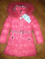 Зимнее пальто (пуховик) на девочку  р110-140 утеплен материалом холлофайбером