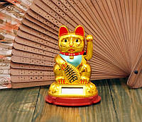 Кот Манэки Нэко на солнечной батарее золотой