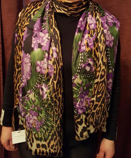 Шелковый шарф Givency