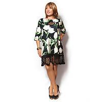 Женское платье-туника большого размера отделано перфорацией