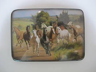 Картина на деревянной дощечке,изображение лошади, подарок