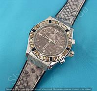 Часы Hublot Big Bang Boa Bang 114365 рептилия женские серебристые на серебристом каучуковом ремешке календарь