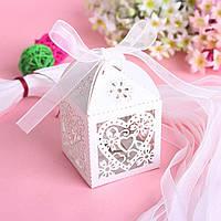 """Бонбоньерка (маленькая коробочка для конфет) """"Ажурное сердце"""" (цвет: белый)"""