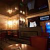 Глянцевый натяжной потолок в кафе, ресторанах, гостиницах
