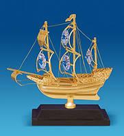 """Позолоченная фигурка """"Корабль на подставке"""" с кристаллами Сваровски AR-4423"""