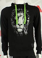 Черный батник на флисе с светящеемся рисунком льва
