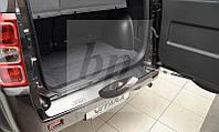Защитная хром накладка на задний бампер (планка без загиба) Suzuki Grand Vitara II 3D/5D (сузуки гранд витара)